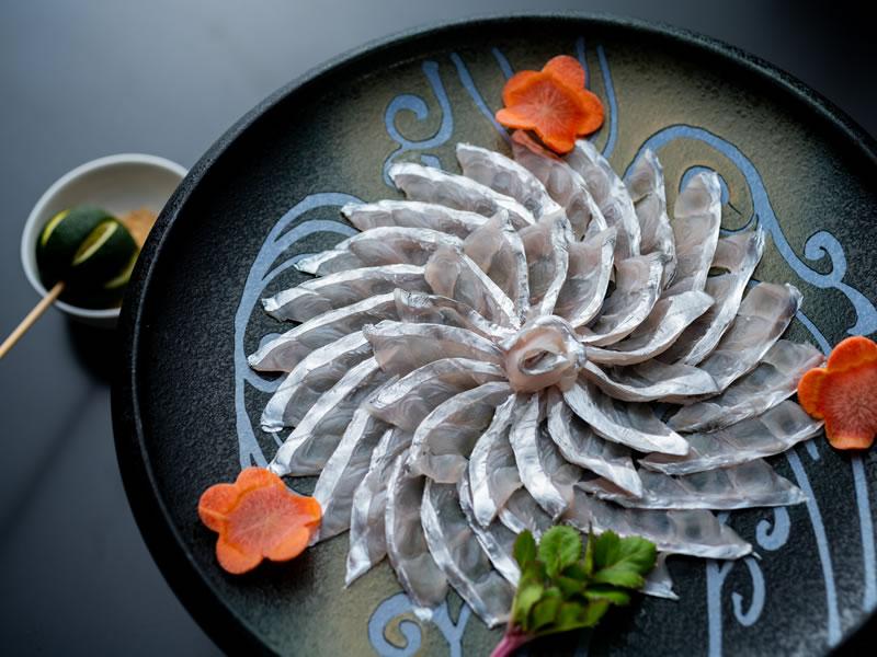 大島名物「太刀魚の鏡盛」復活