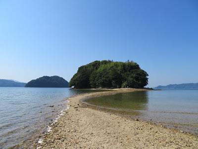 3時間だけ現れる海の道「真宮島」