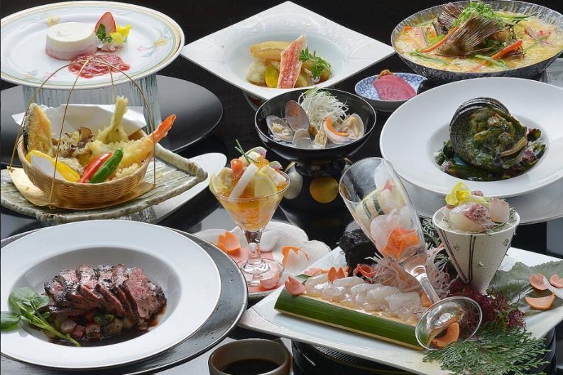 グレードアップ☆季節の素材とサザエ、タラバ蟹、特選牛を召し上がれ♪春の特選懐石(4月から)